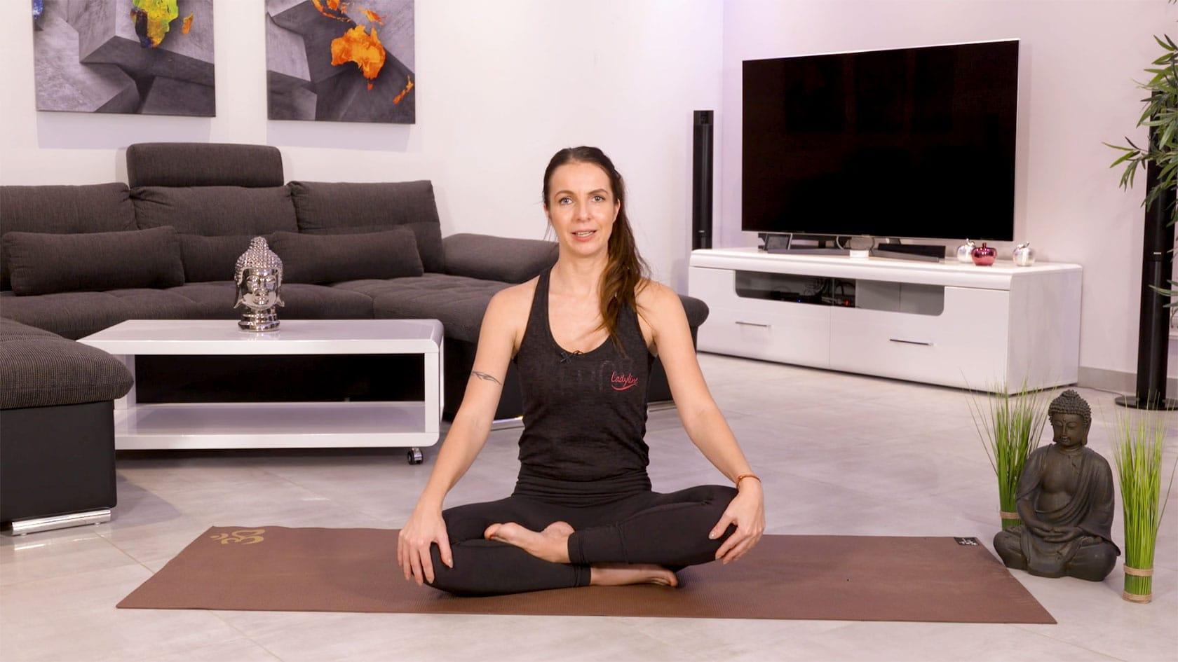 Hatha Yoga Onlinekurs - Präventionskurse Online